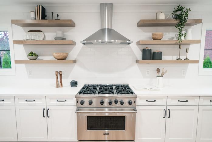 19.Kitchen copy.jpg
