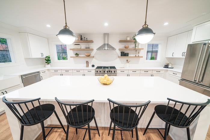 17.Kitchen copy.jpg