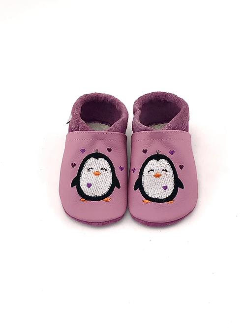 Bestickt: Pinguin-Herzen