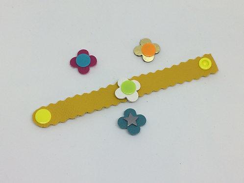 Armband mit Wechselblüte