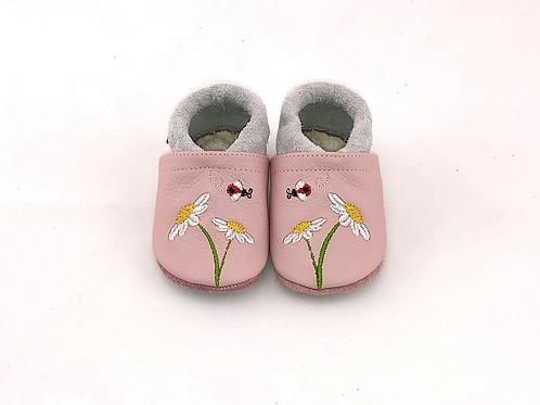 Bestickt: Gänseblümchen