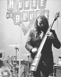 House Of Blues NS Design Bass with Hal Henkel