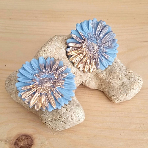 Blue Porcelain daisy flower studs with Gold 24K