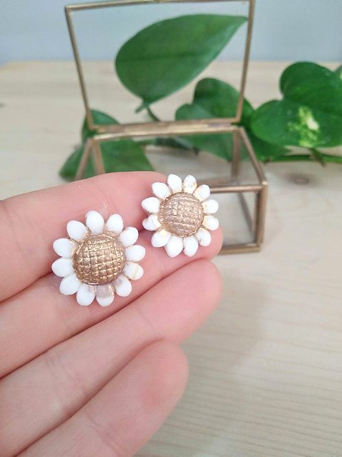Chamomile porcelain earrings with Gold 24K