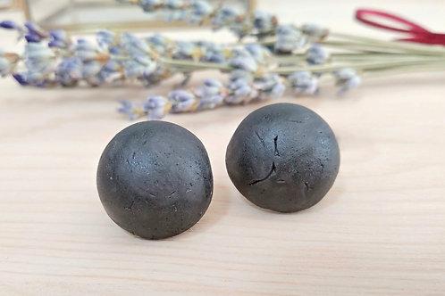 Black porcelain full moon stud earrings