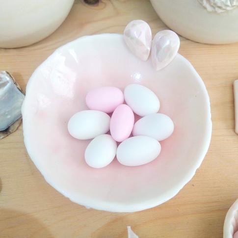 Porcelain bowl with pink glaze
