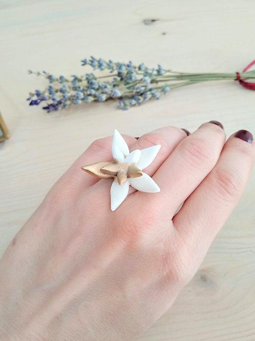 Wild flower, porcelain ring with Gold 24K