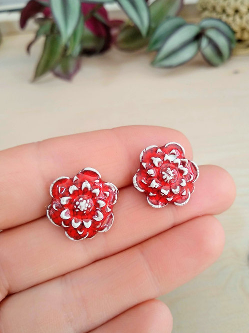 Red flower stud earrings