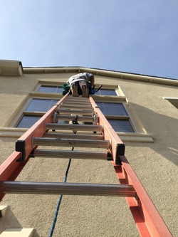 2nd Story Window Cleaning