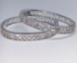 bracelet_bangle_edited.jpg