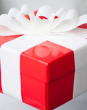 Cadeau rouge.jpg