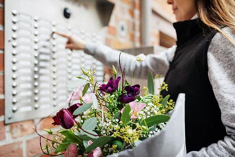 Livraison fleurs.jpg