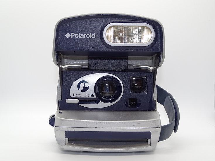 Polaroid 600 P
