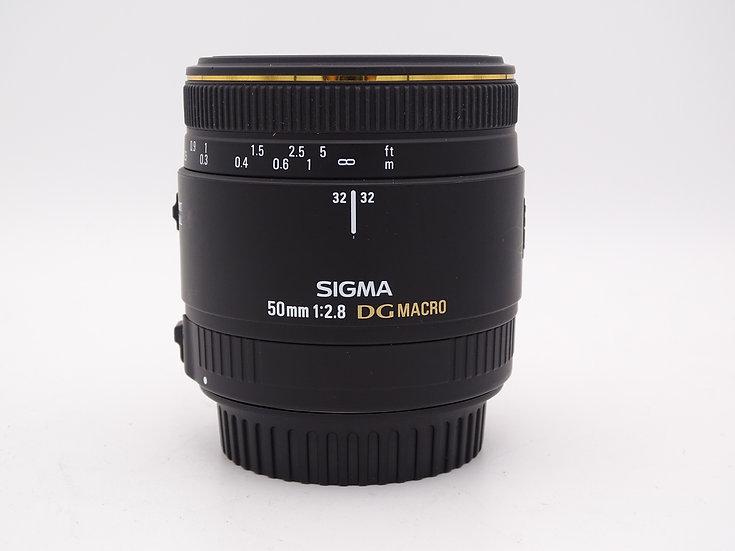 Sigma 50mm f/2.8 EX DG Macro - Used