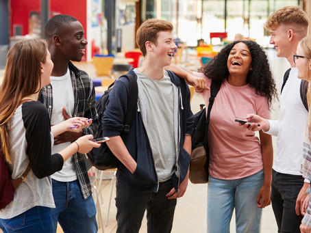 מה הקשר בין נוער לבין דיני עבודה? התשובה בגוף המאמר