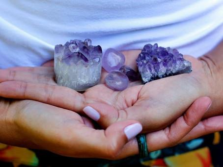 O que é e como funciona a Cristal Terapia?