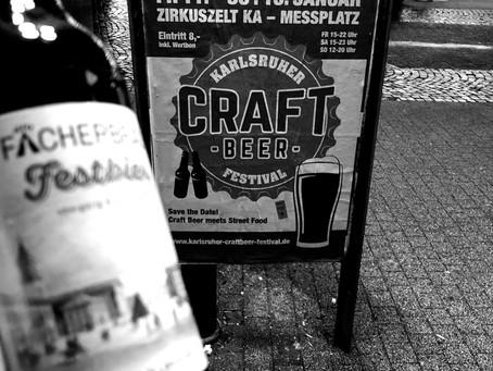 Erster Karlsruher Biersommelier beim Fächerbräu-Stand auf dem Karlsruher Craftbeer-Festival