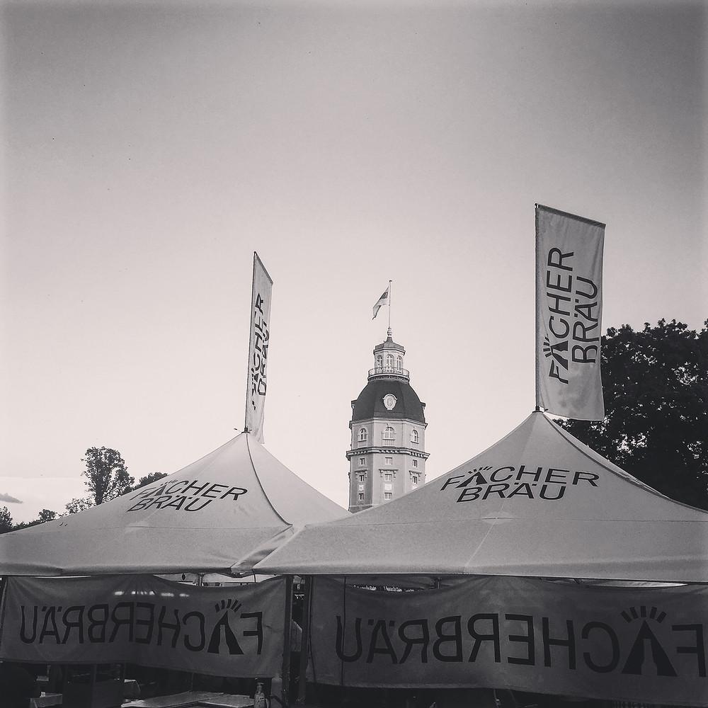 Der Fächerbräu Bierstand auf der Bierbörse im Karlsruher Schlossgarten wurde durch Crowdfunding finanziert.