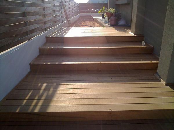 מדרגות עץ דורון בן דוד