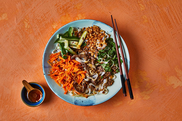 3080_Vietnamese Spicy Beef Noodle Bowl 1