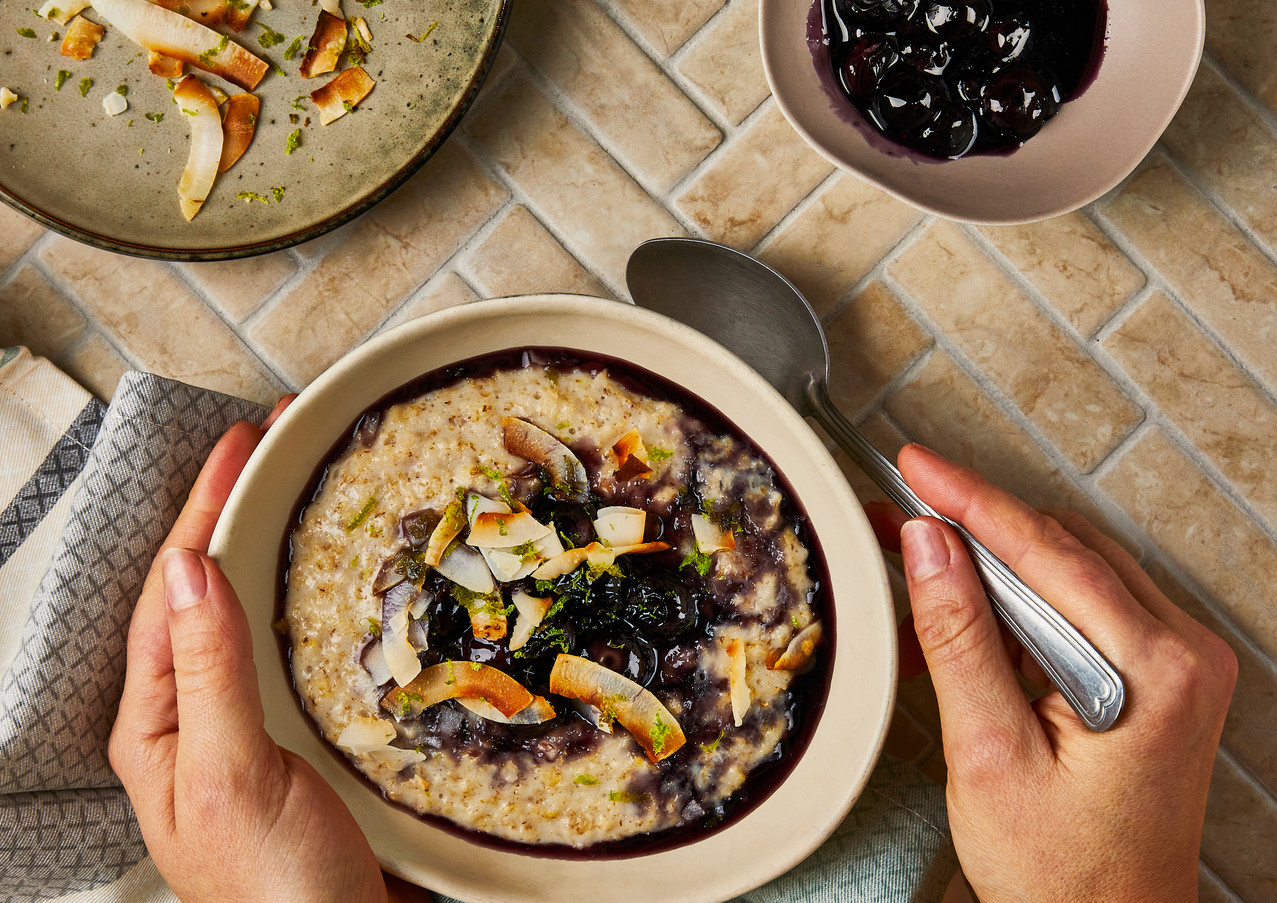 Blueberry & Coconut Porridge (for Gousto)