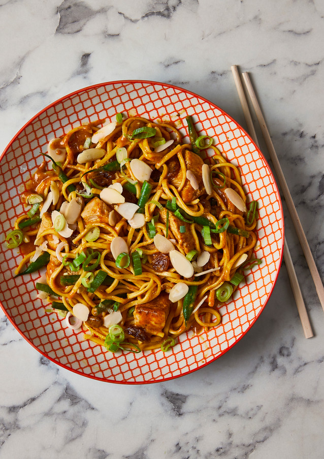 10-Min Curried Chicken Noodles (for Gousto)