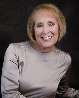 Carol Nolan-LinkedIn_Circle Pic.jpg