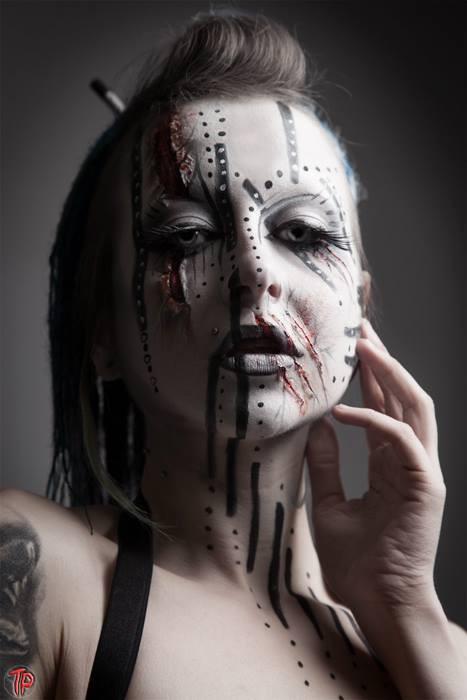 Photographer: TwistedPix, Model: Alice Bizarre