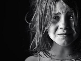 Duygusal Ensest ; Çocuklukta Duygusal İstismar