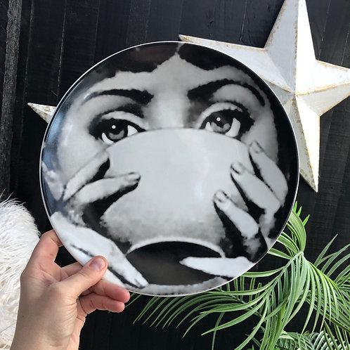 Set of 2 Lady Face Bowl Plates