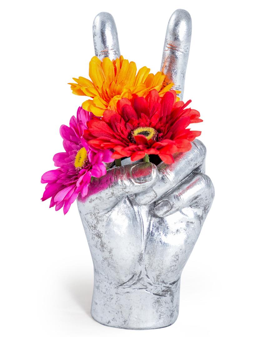 Large_Peace_Hand_Vase_Silver_01.jpg