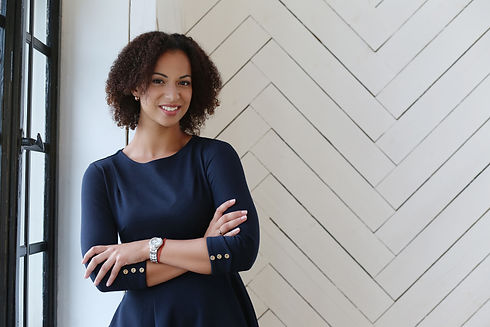 woman-with-curly-hair-smiling.jpg