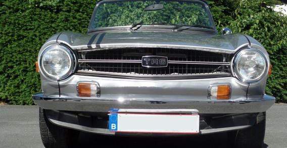 TR6 1975 CARBUS