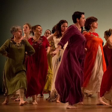 Baile chicas Basajaun