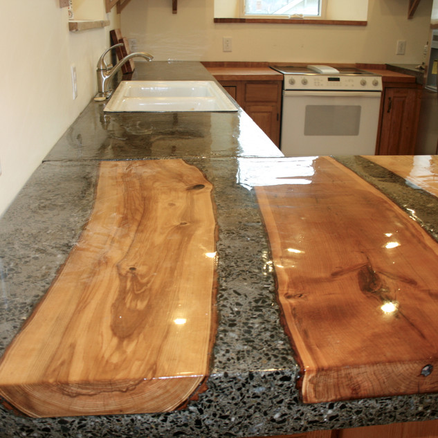 Custom-designed wood & concrete kitchen countertop, Passiv Haus