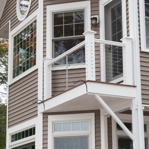 Modern deck & balcony