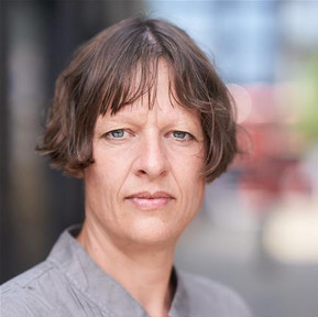 Rebecca Crankshaw plays Prospero for the Barn Theatre's Bard from The Barn series