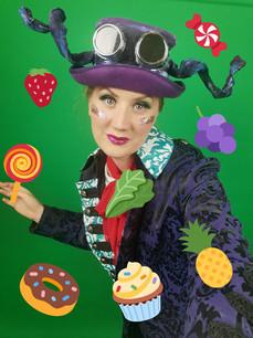 Leonie in Alice In Wonderland for Red Rose Chain Theatre, streamed 18 Dec - 3 Jan