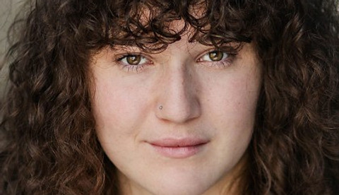 Flora Raynham joins Stage Combat lockdown showdown with fellow E15 graduates