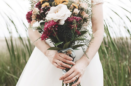 wedding bouquet wildflowers marsh gown