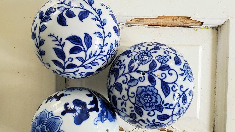 Chinois Gazing Balls