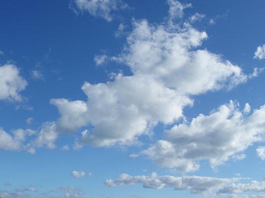 sunny_clouds_8092612.jpg