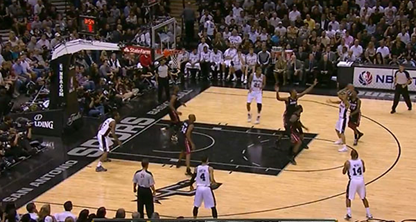 SPURS PASSING.png