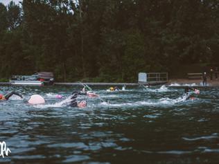 La relation entre la vitesse, la cadence et l'amplitude en natation