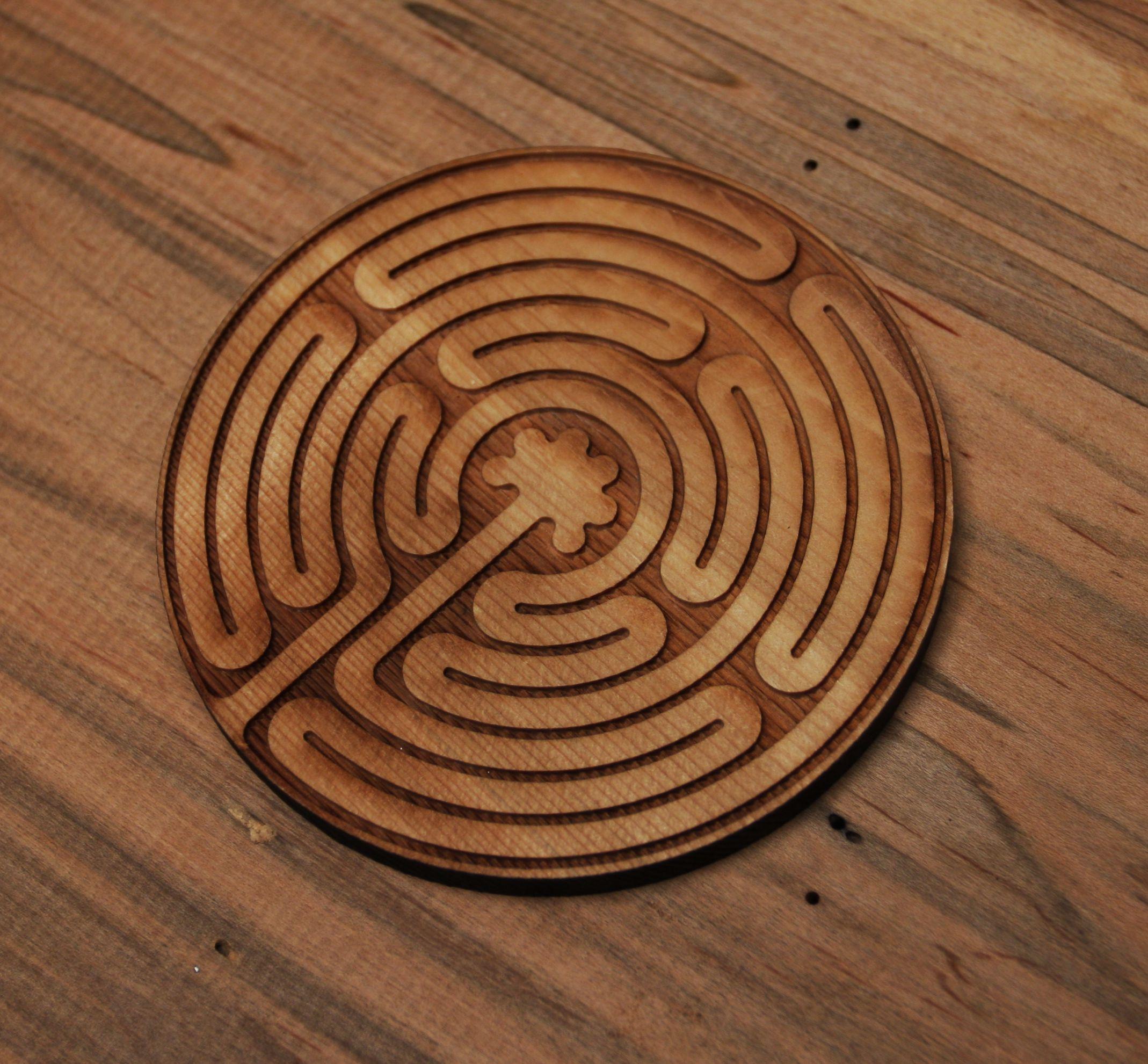 Labyrinth coaster