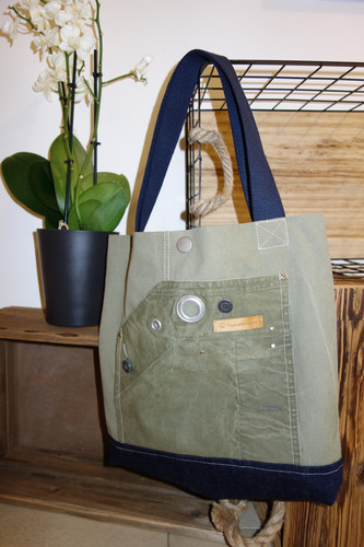 Canvas Shopper Lilly