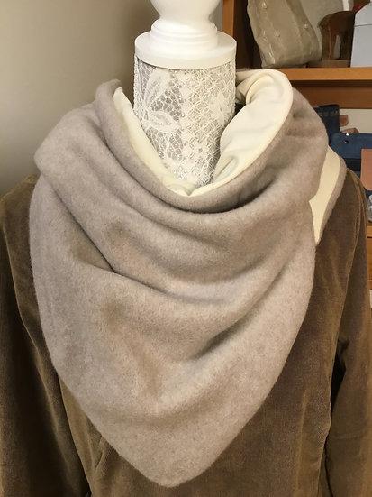 Teenie Dreieckstuch Antonia in Kuschel- Jerseyqualität, Größe 100 cm