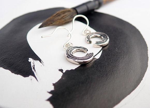 Ensō drop earrings