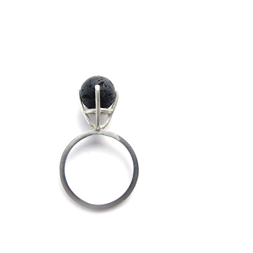 Solitaire Ring // 63