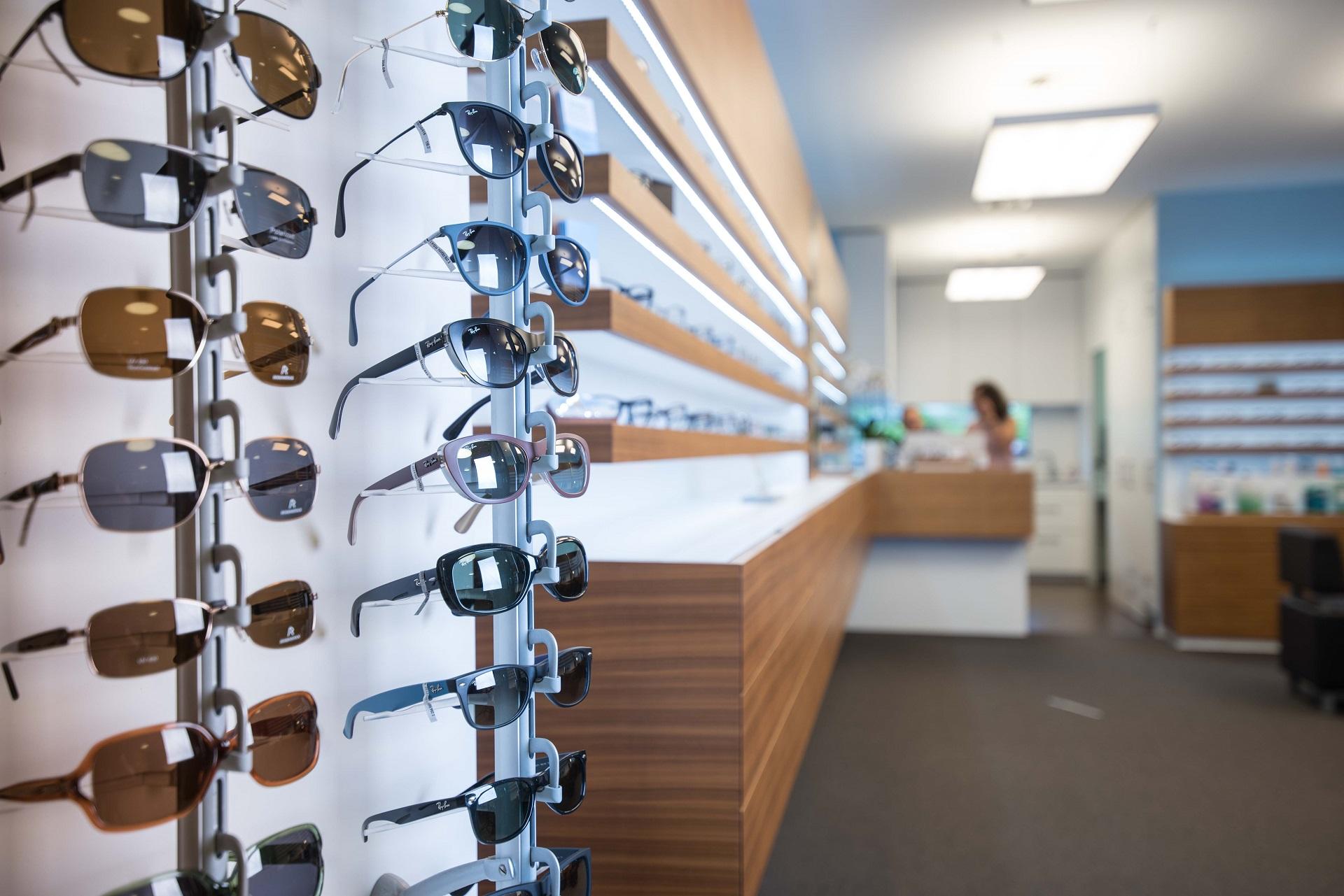 Optiker-Ebikon-Sonnenbrillen